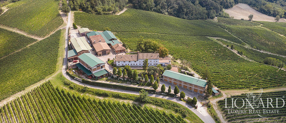 Exclusive winery on the outskirts of Milan