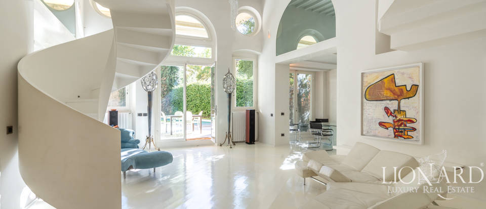 Designer apartment for sale in Florence