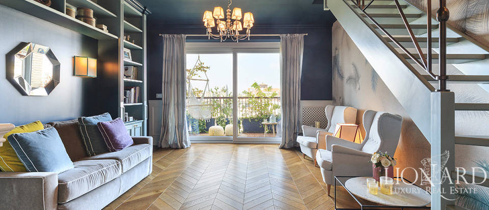 Charming penthouse in the heart of Milan