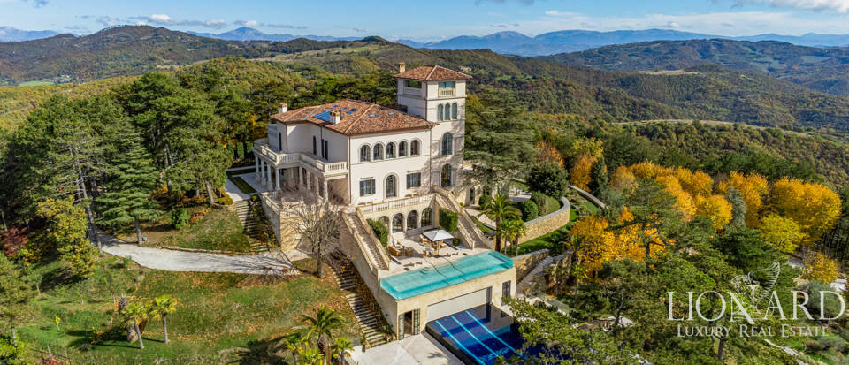 Prestigious luxury villa for sale in Gubbio