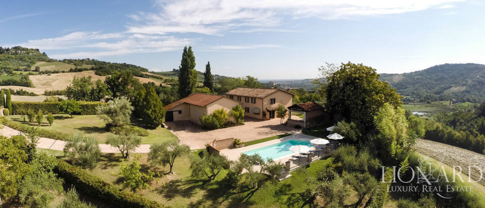 luxury home with pool for sale in emilia romagna