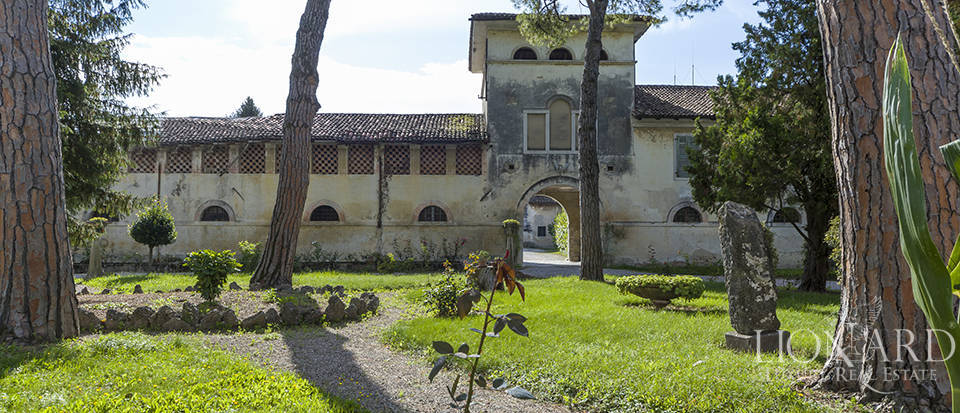 historic luxury villa for sale in friuli venezia giulia