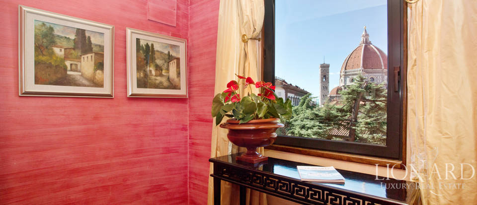 luxurious penthouse with duomo view in florence