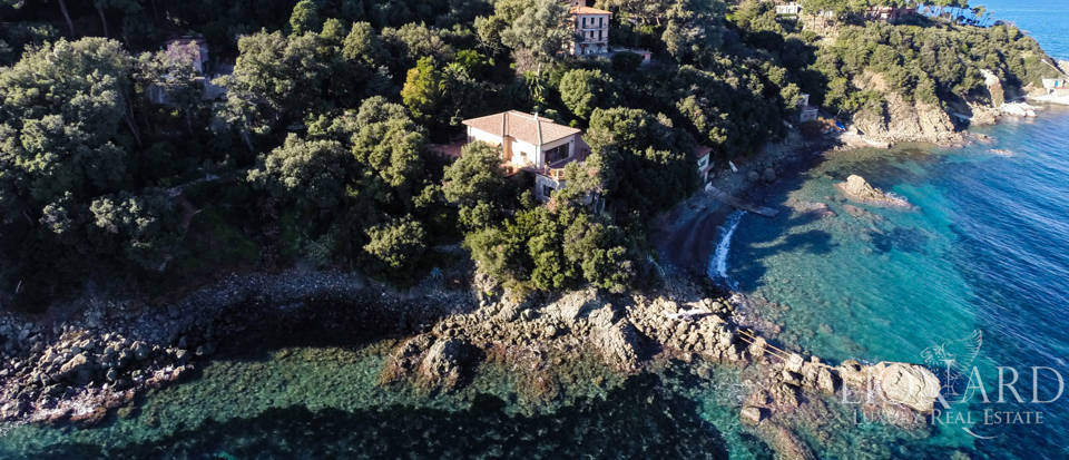 prestigious villa for sale in elba