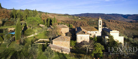 prestigious property for sale in chianti