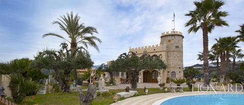 luxurious villa for sale in liguria