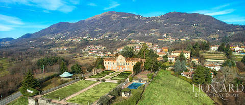 magnificent villa for sale in the province of bergamo