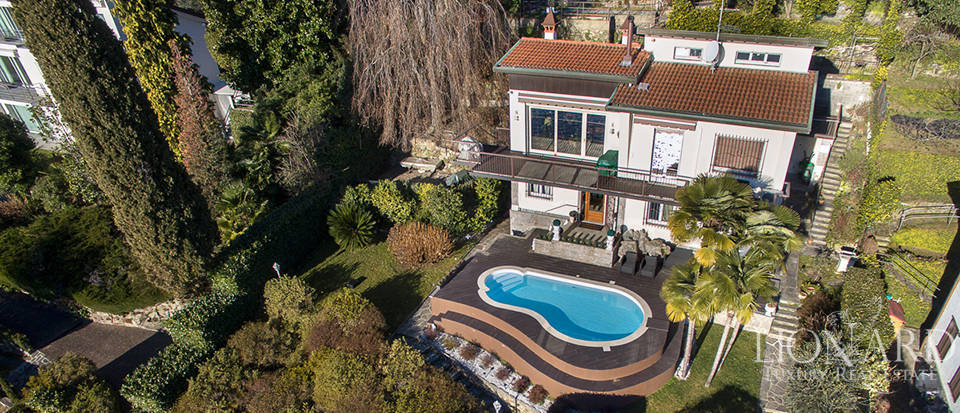 luxury villa with pool on the banks of lake maggiore