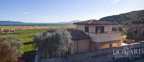 luxury villa on the argentario sea