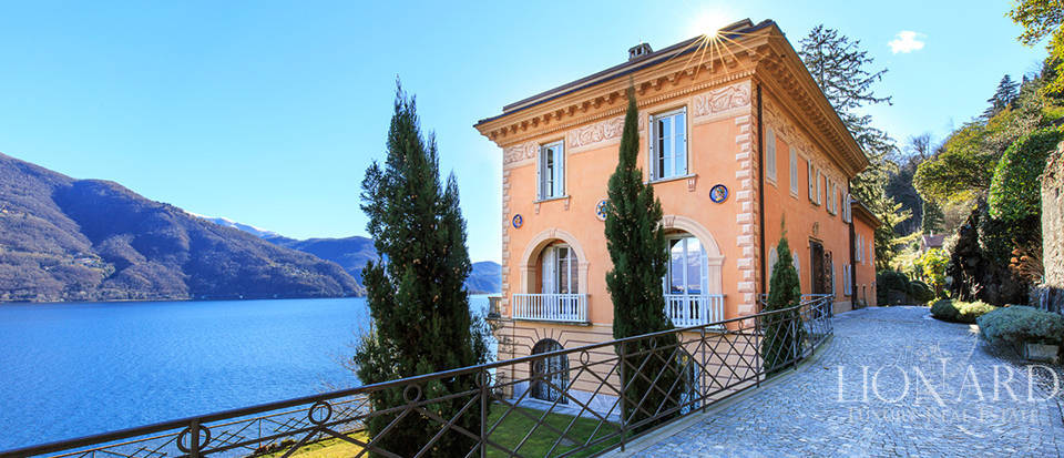 Magnificent Lake Front Villa for Sale in Piedmont Image 1