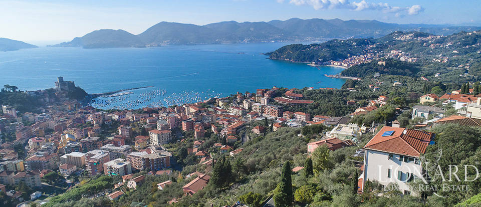 luxurious villa for sale in lerici