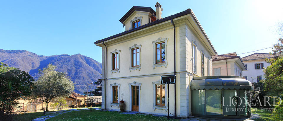 splendid villa for sale on lake como