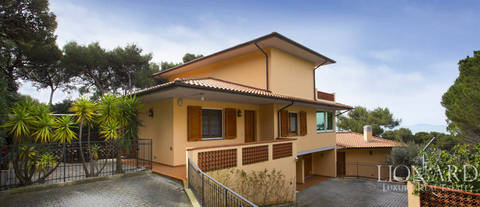 dream home in castiglioncello for sale