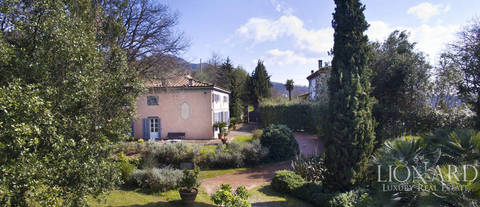 elegant luxury property for sale in lucca