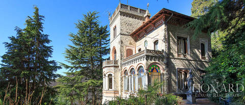 magnificent villa for sale in varese