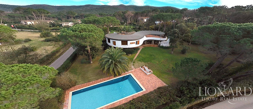 splendid luxury villa for sale in punta ala