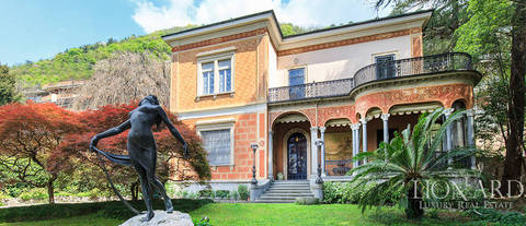 magnificent villa for sale in como