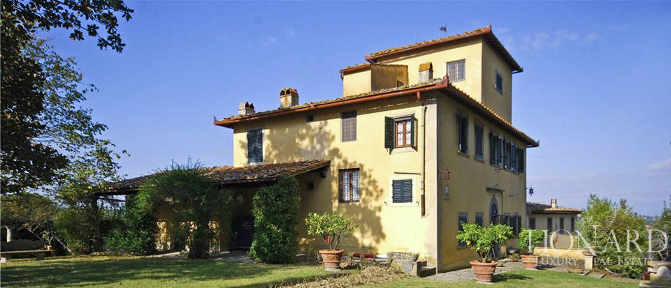 luxury home with vineyard in florence