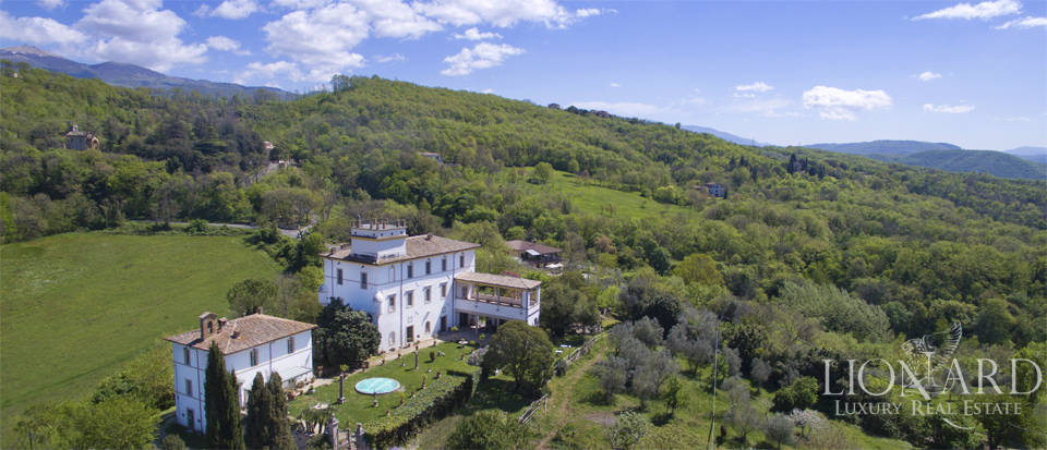 magnificent luxury villa for sale near rome