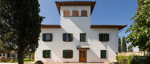 magnificent villa of the xv th century for sale in florence