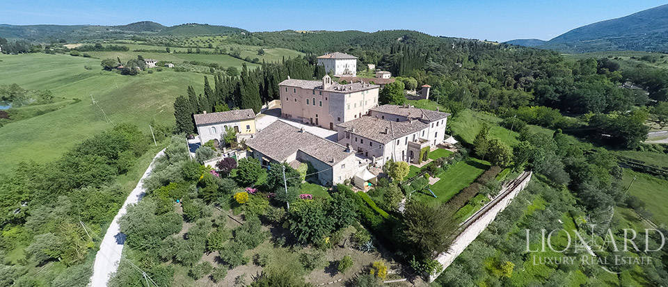prestigious estate for sale in umbria