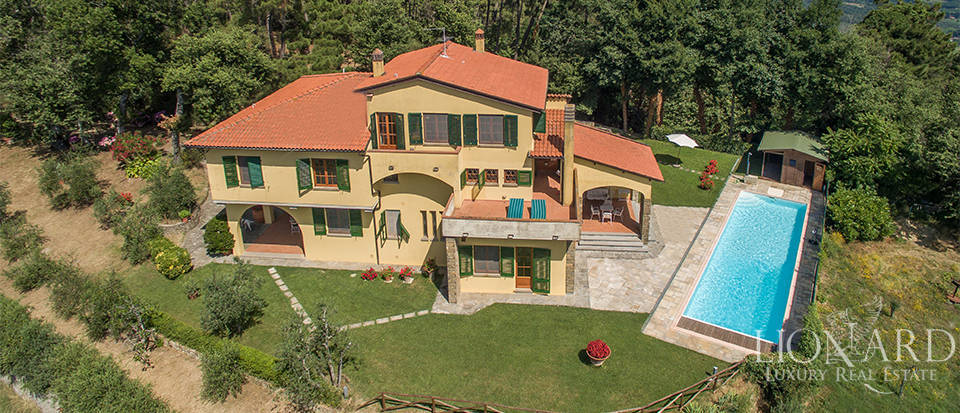 luxury house with swimming pool on arezzo s hills