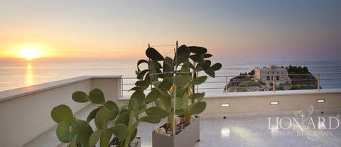 prestigious villa on tropea sea