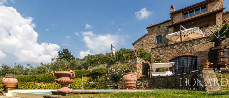 Fantastic luxury villa in Cortona Image 1