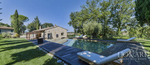 prestigious villa for sale near florence