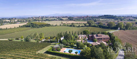 resort country en venta en montepulciano