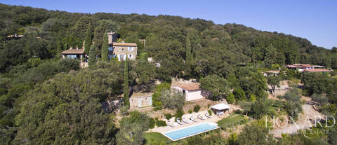 tuscan style villa for sale on the argentario