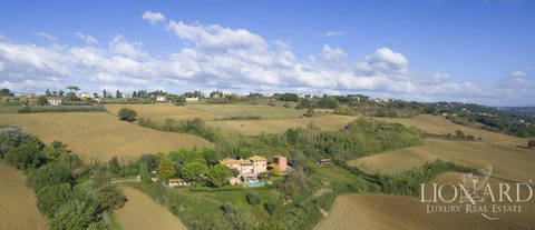 charming country house for sale in perugia