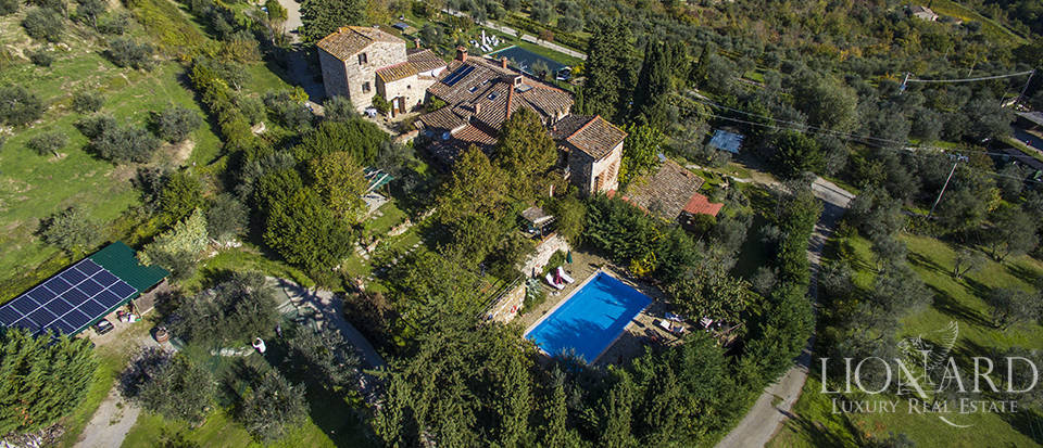 charming farmstead for sale in the chianti area