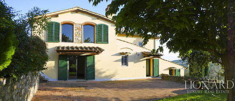 stunning dream home for sale in florence