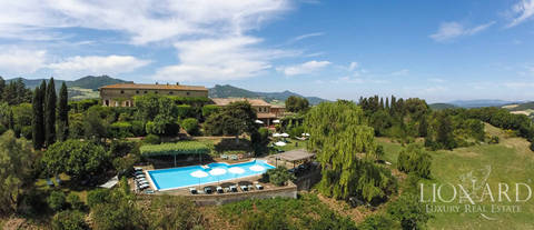 prestigious villa for sale in tuscany