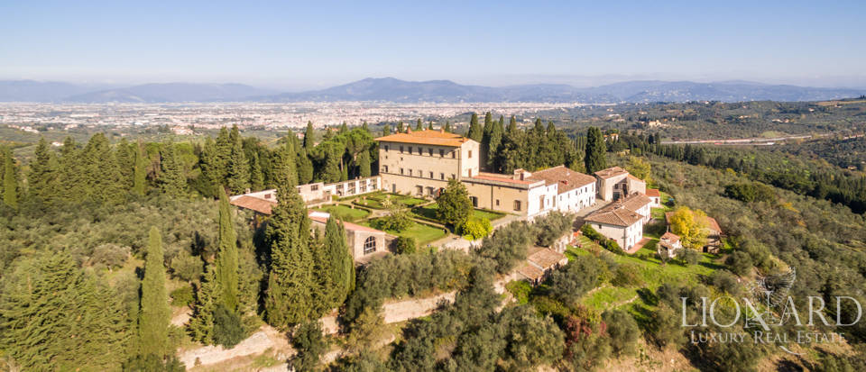 Stunning 15th-century villa for sale in Florence Image 1