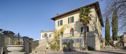 luxury home for sale in tuscany