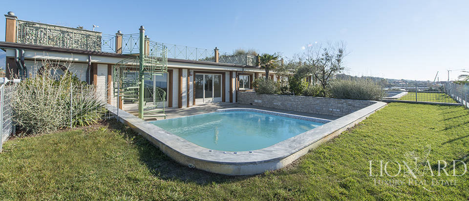 luxury sea view house for sale in forte dei marmi