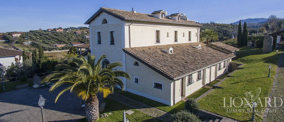 magnificent estate for sale in the roman castles area
