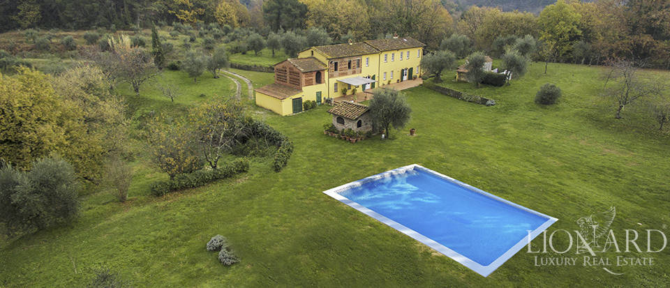 stunning countyhouse with swimming pool in lucca