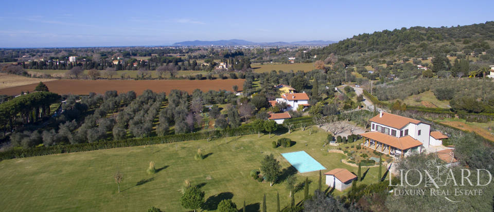 splendide villa en vente a orbetello