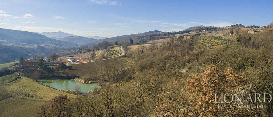 stunning farmsetad for sale in citta di castello