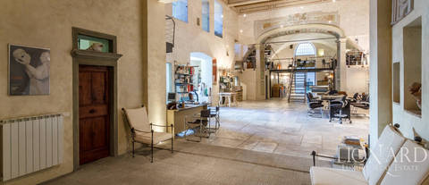 magnificent loft for sale in florence