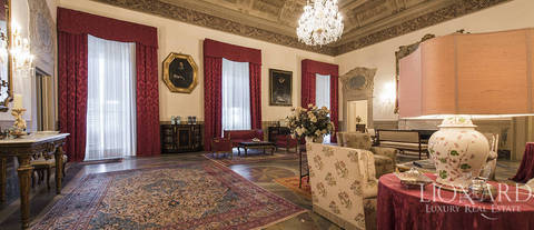 prestigious apartment for sale in a historical villa in florence