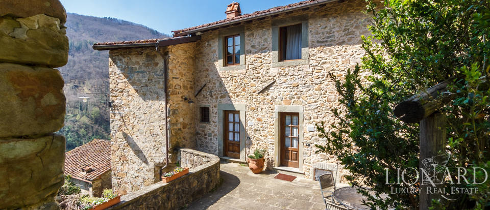 Luxury agritourism resort in a historical hamlet near Lucca Image 1