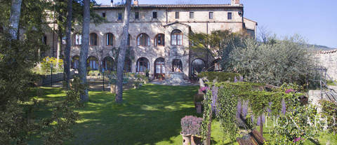 luxury hotel in a historical estate near siena