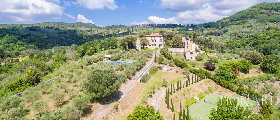 historical villa for sale near pisa
