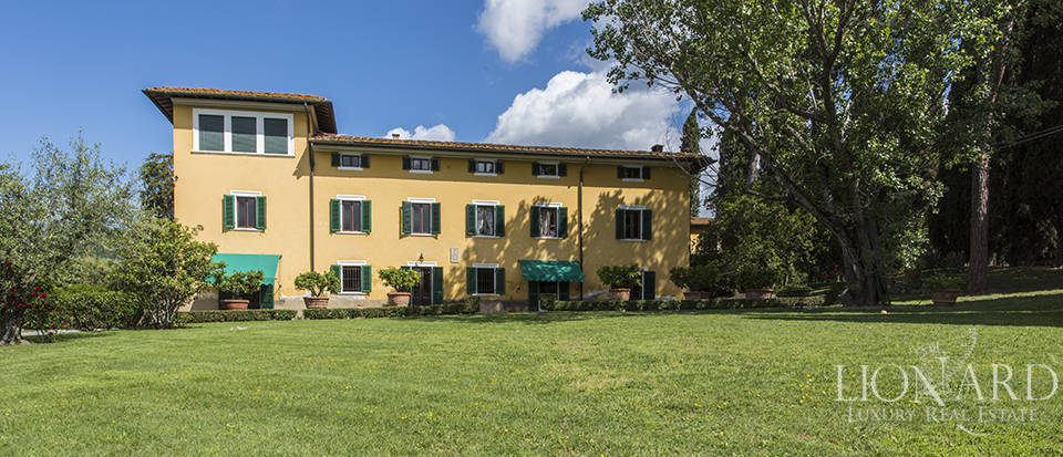 luxury home for sale in pistoia