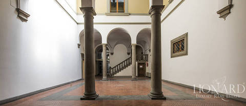 wonderful renaissance palazzo in central florence
