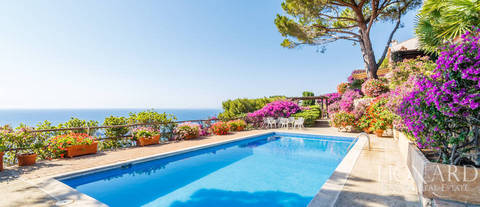 charming villa overlooking cala moresca s sea